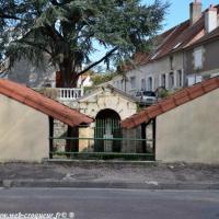 Lavoir de Vauzelle - Lavoir de la Nièvre