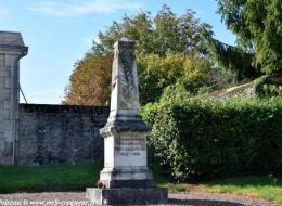 Monument aux Morts d'Annay en Bazois
