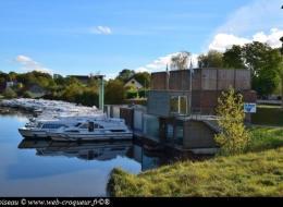 Le Boat Tannay