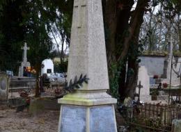 Monument aux Morts de Toury sur Jour