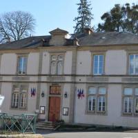 Ancienne école de Champlemy - Mairie de Champlemy