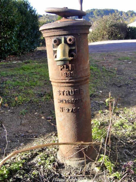 Borne Fontaine de la gare de Prémery