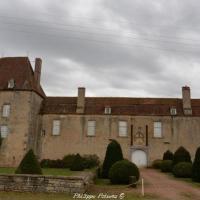 Château de Vesvres ou Maison forte de Vesvres