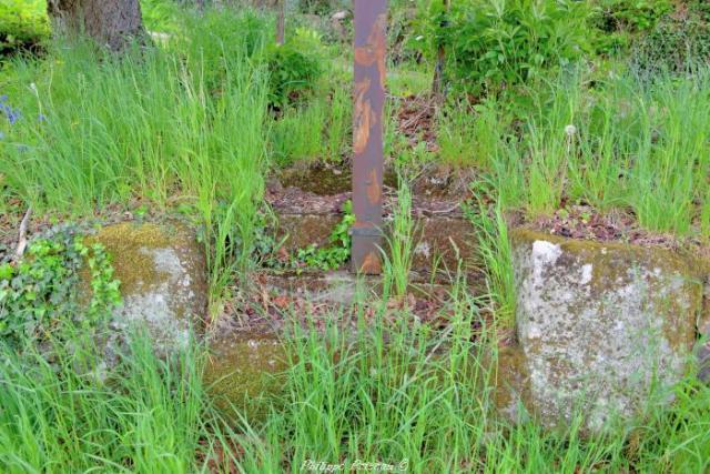 Croix de Linières
