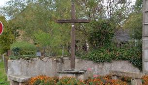 Croix du village de Millay