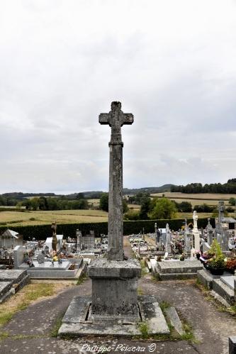 Croix du cimetière d' Ouroux en Morvan Nièvre Passion