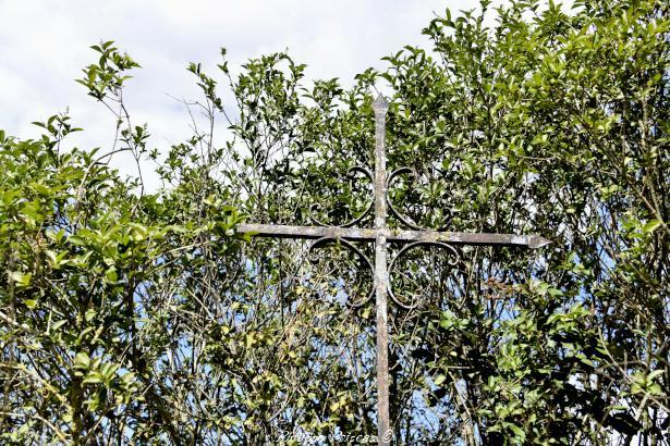Croix du hameau de Seigne