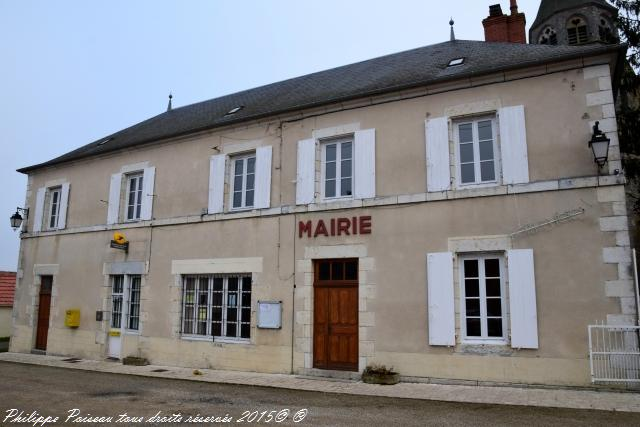 La Mairie du village de Livry