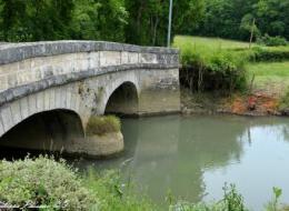 Pont du village de Rix