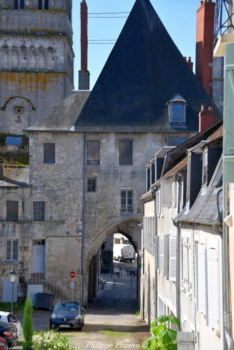 côté cour du château