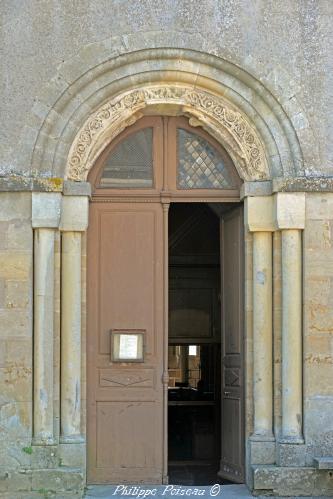 Portail de l' église de Saint-Révérien