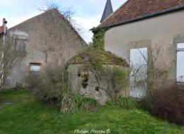 Four du village de Pazy