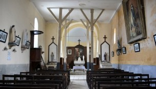 Intérieur de l'église de Tronsanges