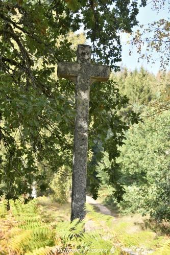 La croix Grenot Nièvre Passion