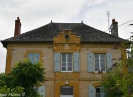 Mairie École d'Arzembouy Nièvre Passion