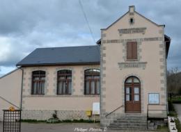 Mairie du village de Chalaux
