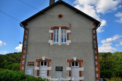 Mairie école de Lavault