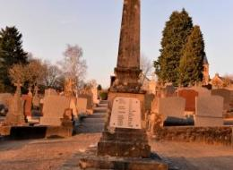 Monument aux morts de Saint Péreuse