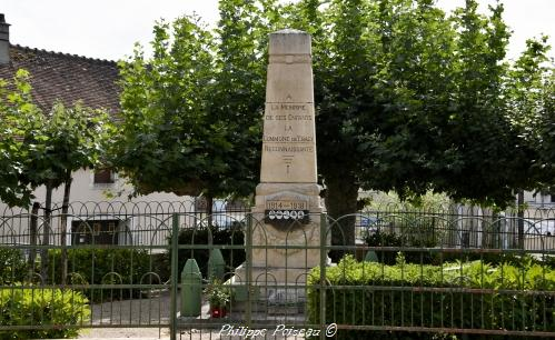 Monument aux morts de Tracy