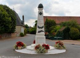 Monument aux morts de Charrin Nièvre Passion
