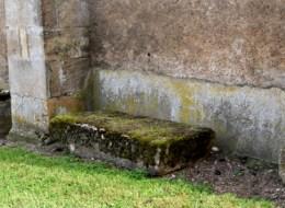 Pierre des morts de Lurcy-le-Bourg Nièvre Passion