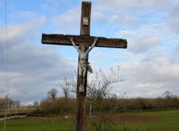 Crucifix du village de Mouche