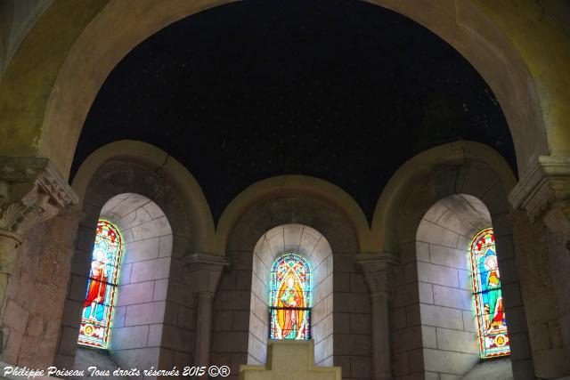 Vitraux de l'Église de Pougues les Eaux