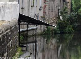 Le Lavoir de la rue du Moulin d'écorce à Nevers