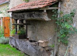 Pressoir dans le village de Marré