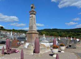 Monument aux morts de Villapourçon