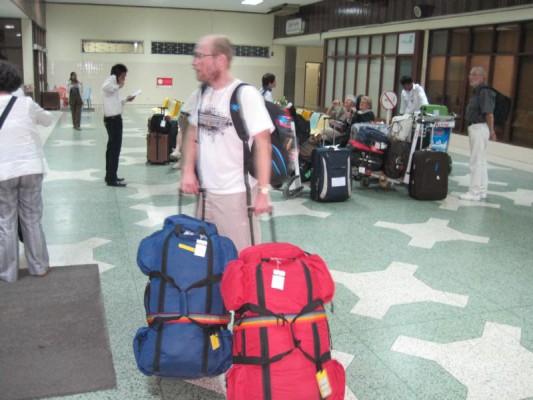 25.01.2011 YANGON–THANDWE-NGAPALI BEACH