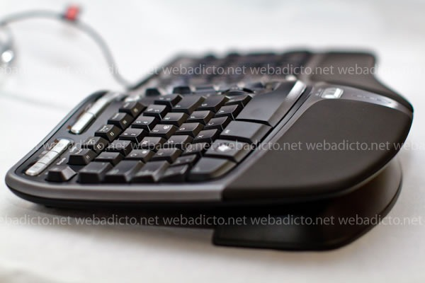 microsoft-teclado-natural-ergonomic-4000-9524