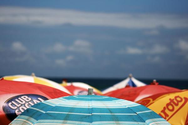que-cosas-llevar-a-la-playa-checklist-consejos