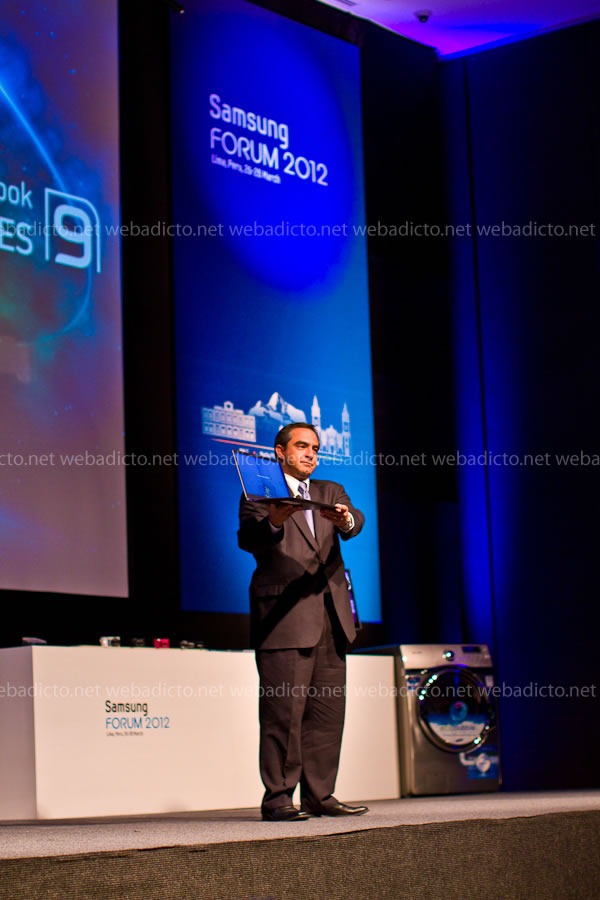 samsung-forum-2012-10-tony-firjam