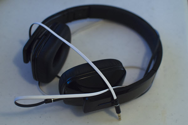 Kinivo BTH410 wireless headphone