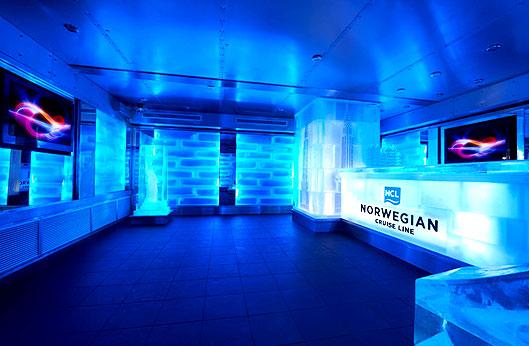 L'Ice bar proposé sur certaines navires de la compagnie Norwegian Cruise Line (NCL)