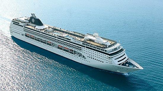 Le navire de croisière MSC Opera