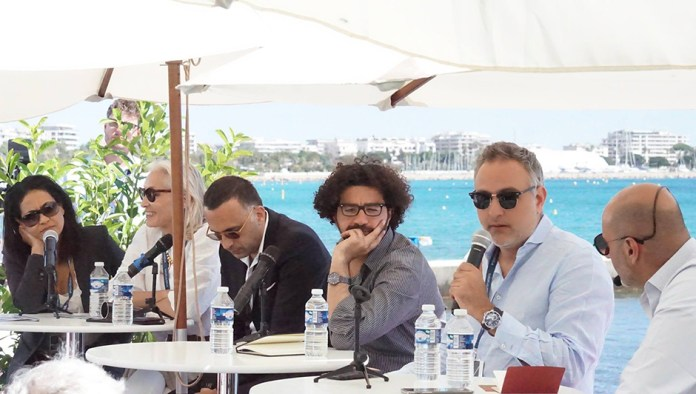Les panélistes Lamia Chraibi, Dora Bouchoucha, Salem Brahimi, Mohamed Al Daradji et Mohamed Hefzy