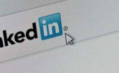Delighted LinkedIn Users Enjoy Smart Algorithm Search Engine Upgrade