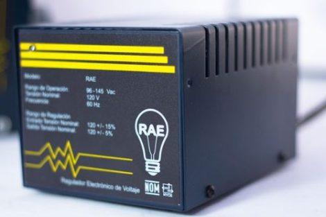 Regulador De Voltaje 2.9 Kva Para Copiadora en Web Electro
