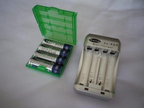 Cargador Y 4 Baterias Recargables  Aa  3000 Mah Vv4 en Web Electro