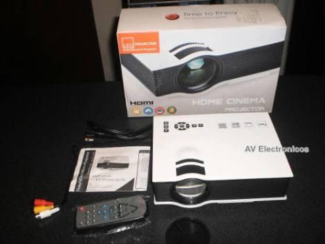 Proyector Led  800 Lumen Hdmi Usb Sd 1080p Profesional Nuevo en Web Electro