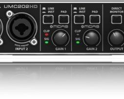 Interfaz Interfase De Audio Behringer U-phoria Umc202hd