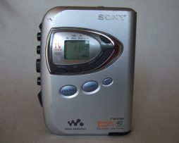 Reproductor Cassettes Sony Walkman Wm-fx290 Am-fm Tv Clima