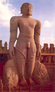 statue of lord Gomteshwera at shravanbelagola