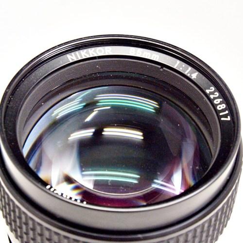 ニコンのカメラレンズ「NIKKOR 85mm F1.4 Ai-S」買取実績
