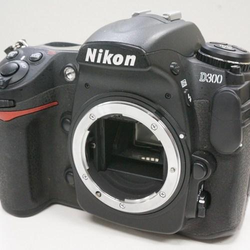 ニコンのデジタル一眼レフカメラ「D300 ボディ」買取実績