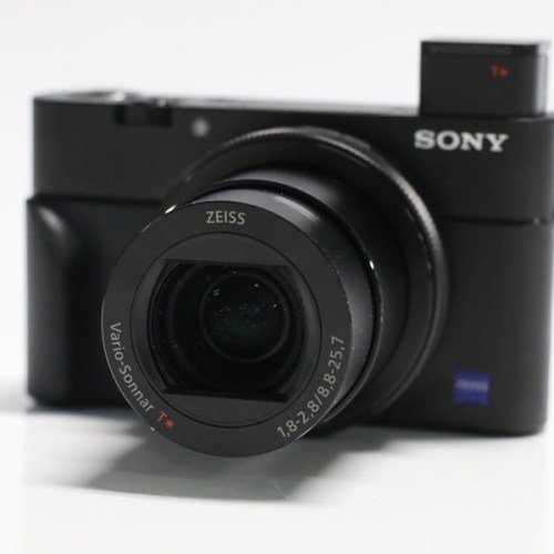 SONY ソニー コンパクトデジタルカメラ DSC-RX100M5買取実績