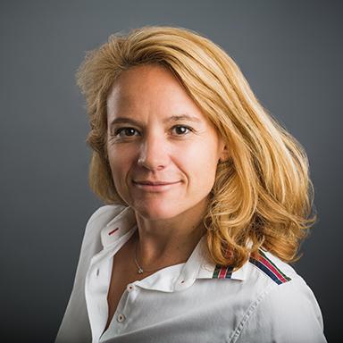 Portrait Jeanne Raverdy Experte en communication digitale Freelance Nanterre