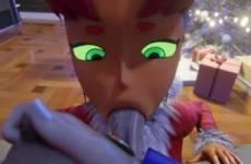 Starfire de Teen Titans suce une bite